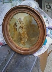 How to Handle Family Heirlooms During a Move
