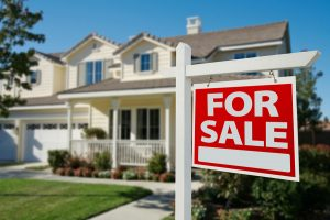 How to Price a House When You're Buying or Selling